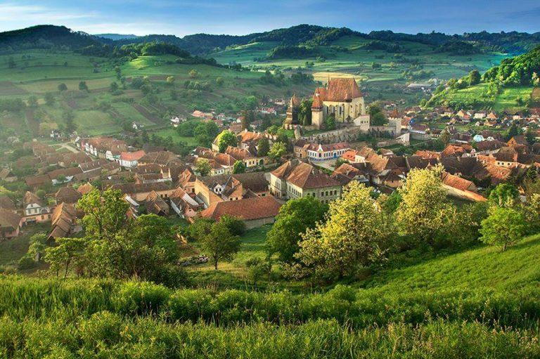 Biertan, satul care parcă este desprins din filme. O frumusețe aproape ireală aici în țara noastră
