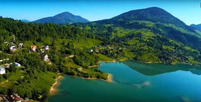 Locul unic din Romania care are si munte, si apa, si plaja! Unde este localitatea cu cel mai curat aer de la noi din tara! Trebuie sa afle toata lumea de asta