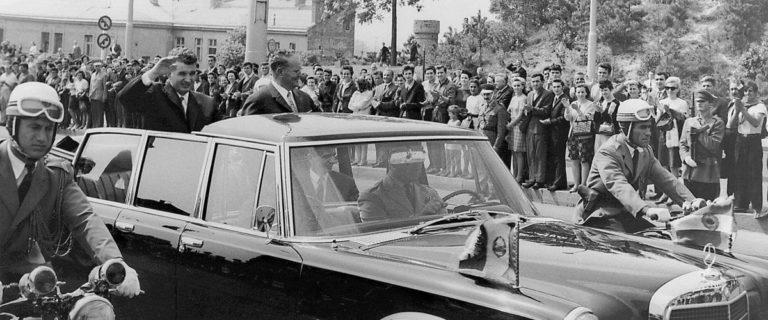 Milionarii de azi ai Romaniei sunt fosti membri ai clanului Ceausescu sau urmasii acestora